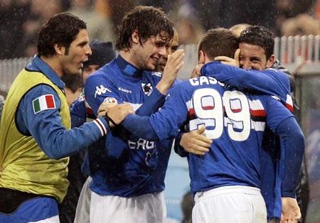 """Đến lượt Sampdoria buộc Juventus """"lê gối quy hàng"""" - 2"""