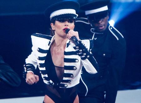 Cheryl đồng ý hoãn ly hôn với Ashley Cole - 1