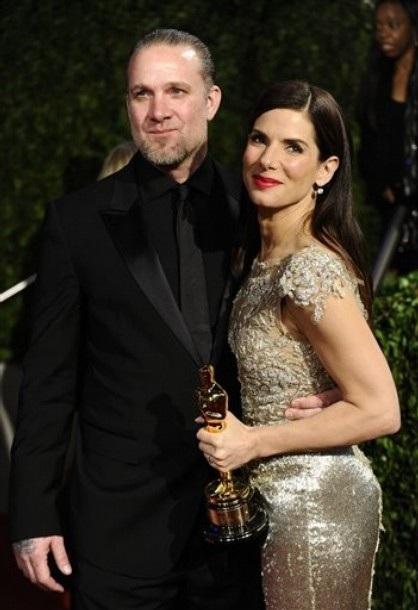 Vì scandal của chồng, Sandra Bullock vẫn không dự công chiếu phim - 1