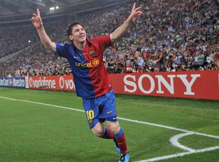 Messi vượt mặt Beckham, Ronaldo về khả năng kiếm tiền - 1