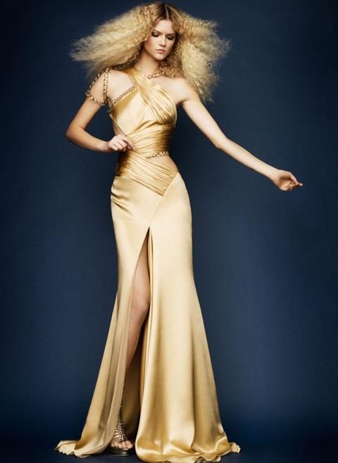 Kasia Struss quyến rũ với thời trang Atelier Versace  - 11