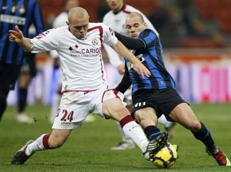 Inter Milan - Livorno: Thắp lửa đợi Roma  - 2