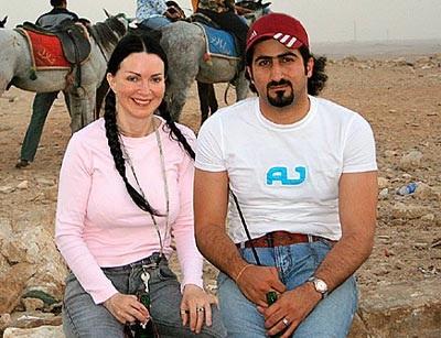 Con gái Osama bin Laden đã đến Syria - 1