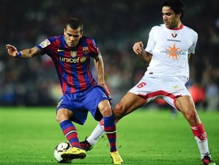 """Ibrahimovic """"phát hỏa"""", Barca tạm chiếm ngôi đầu - 1"""