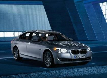 BMW 5-Series 2011 rẻ hơn phiên bản cũ - 1