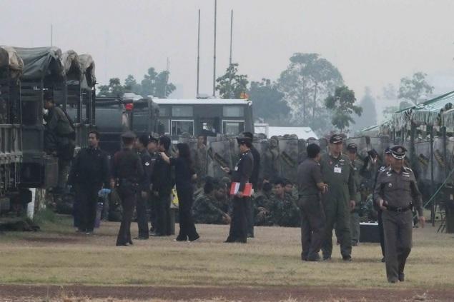 """Thái Lan: Đàm phán giữ Thủ tướng và """"áo đỏ"""" thất bại - 2"""