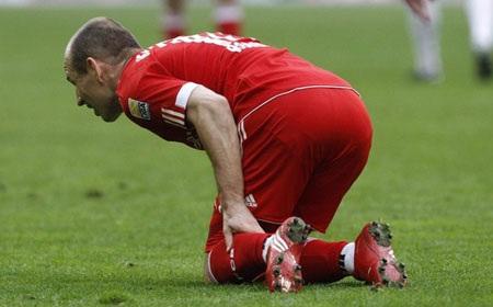"""Bại trận đau đớn, Bayern """"dâng"""" ngôi đầu cho Schalke - 3"""