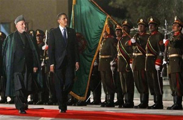 Tổng thống Mỹ Obama bất ngờ thăm Afghanistan - 1
