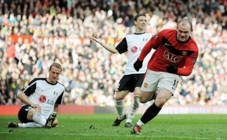 Thủ quân Bayern sợ không kèm nổi Wayne Rooney - 1