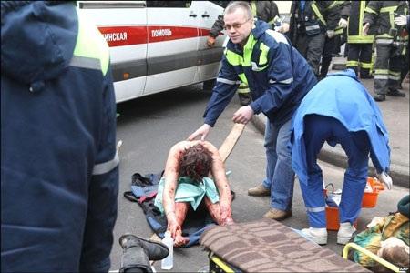 Nga xác định được nghi phạm chính, thắt chặt an ninh khắp nước - 1