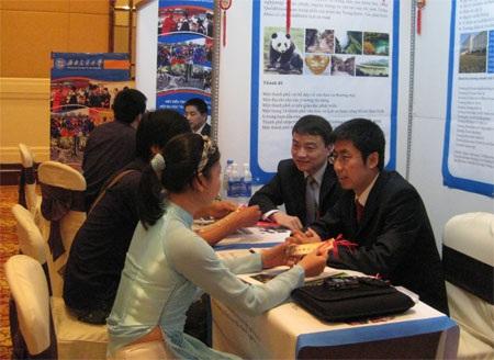 Triển lãm giáo dục Trung Quốc tại Huế - 1