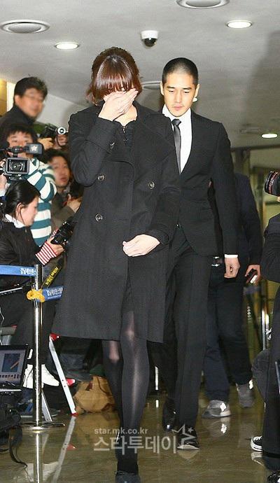 Bạn bè tới tiễn đưa em trai của Choi Ji Shil - 3