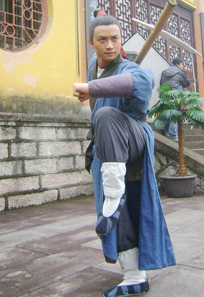 """Bật mí những hình ảnh """"Lý Công Uẩn"""" tại trường quay Trung Quốc - 8"""