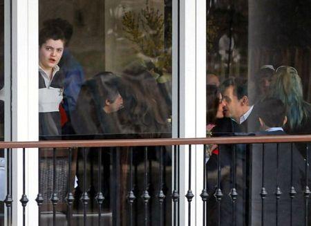 Vợ chồng Tổng thống Pháp dập tin đồn về trục trặc hôn nhân - 2