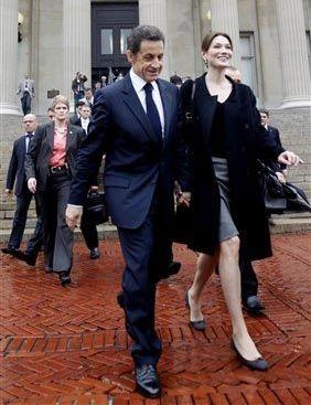 Vợ chồng Tổng thống Pháp dập tin đồn về trục trặc hôn nhân - 6