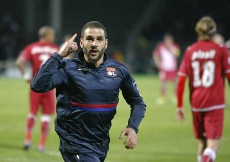 Lisandro lập cú đúp, Lyon hạ gục Bordeaux - 1