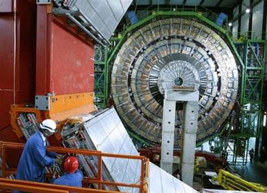 """Khoa học gia tạo thành công vụ nổ """"Big Bang"""" nhỏ - 2"""