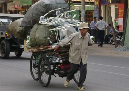 Chuẩn nghèo TPHCM tương đương chuẩn nghèo thế giới  - 1