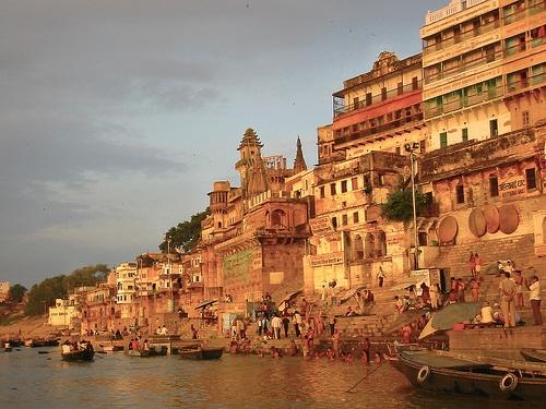 Varanasi - nơi ánh sáng của các vị thần chiếu rọi - 2