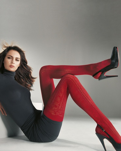 Mia Rosing khoe chân siêu dài trong quảng cáo Wolford  - 7