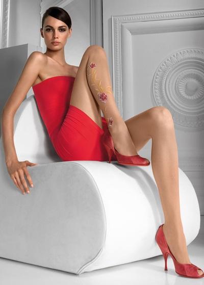 Mia Rosing khoe chân siêu dài trong quảng cáo Wolford  - 11