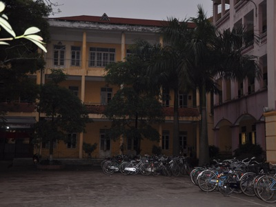 """Hiệu trưởng trường THPT Lê Quý Đôn bị """"tố"""" nhiều sai phạm - 1"""