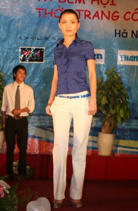 Đêm hội thời trang ĐH Kinh tế Quốc dân - 10