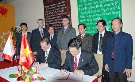 Cơ hội làm việc tại Canada cho SV Trường nghề Việt Nam - Canada - 1