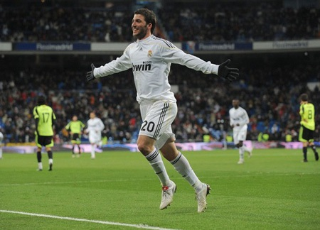Zaragoza - Real Madrid: Cạm bẫy La Romareda - 2
