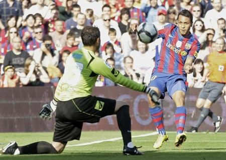 Đánh bại Xerez, Barcelona giữ vững ngôi đầu - 1