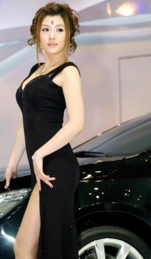 Rực rỡ nhan sắc Hàn tại Triển lãm ô tô Busan - 12