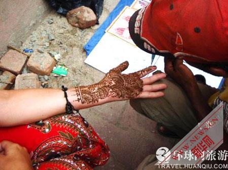 Nghệ thuật vẽ tay kỳ diệu ở Ấn Độ - 8