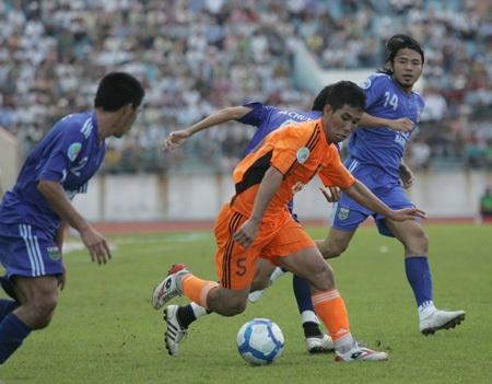 Đánh bại B. Bình Dương, SHB Đà Nẵng giành vé vào tứ kết - 2