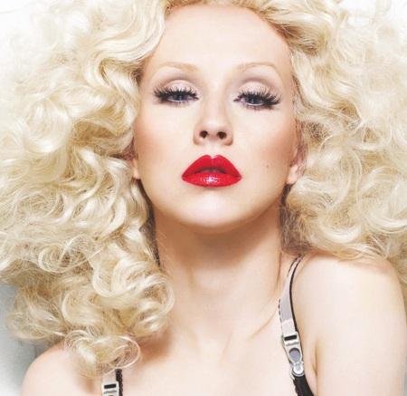 Christina Aguilera thấy mình gợi cảm hơn  - 4