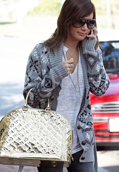 Ngắm bộ sưu tập túi Louis Vuitton của Ashley Tisdale - 9