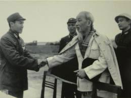 Chuyện kể của vị thủ lĩnh diệt phỉ 2 lần được gặp Bác Hồ - 1