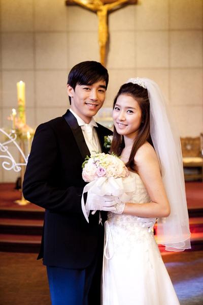 """""""Bạn gái cũ"""" của Kim Bum làm cô dâu? - 3"""