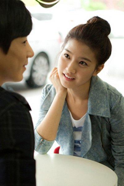 """""""Bạn gái cũ"""" của Kim Bum làm cô dâu? - 8"""