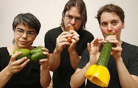 Kỳ diệu chơi nhạc bằng các loại rau, củ - 1