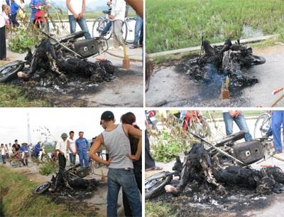Một người đàn ông bị thiêu cháy cùng xe máy - 1