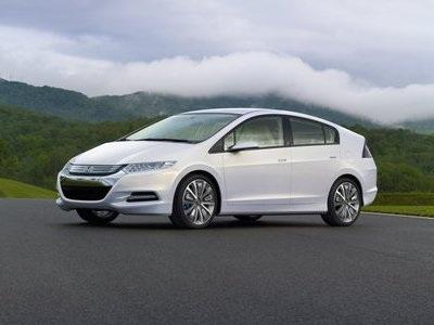 Xe hybrid không được ưu đãi thuế - 1
