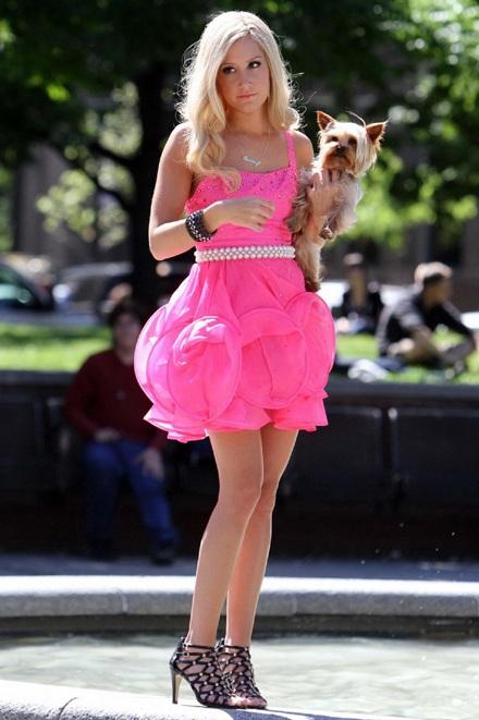 Ashley Tisdale lại vào vai Sharpay  - 6