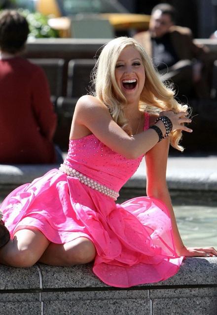 Ashley Tisdale lại vào vai Sharpay  - 9