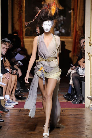 BST xuân hè 2010 của Vivienne Westwood - 23