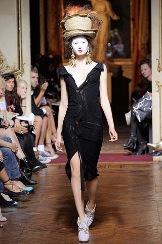 BST xuân hè 2010 của Vivienne Westwood - 18