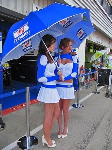 Chân dài trên đường đua Silverstone - 18