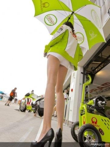Chân dài trên đường đua Silverstone - 6