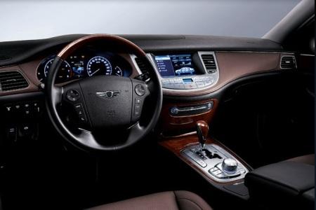 Hyundai Genesis bản 2011 dùng cần số giống BMW - 13
