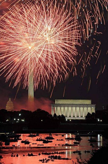 Hé lộ tiệc mừng lễ Độc lập của Tổng thống Obama - 13