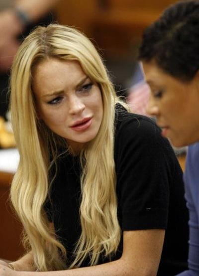 """Lindsay Lohan phải """"bóc lịch"""" 3 tháng - 1"""